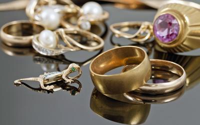 7a2c49ffe569 VALORACIÓN COMO PIEZAValoramos alta joyería y joyas antiguas.
